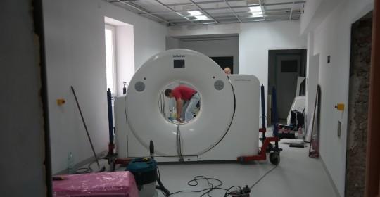 Nowoczesny tomograf w Szpitalu w Goleniowie .